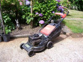 Gartengeräte, Rasenmäher - Benzin Rasenmäher
