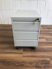 Kleiner Rollcontainer aus Metall grau
