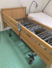 2 Stück el Pflegebett Seniorenbett
