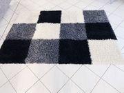 Schöner kuscheliger Teppich zu verkaufen
