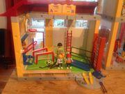 Playmobilschule mit Turnhalle