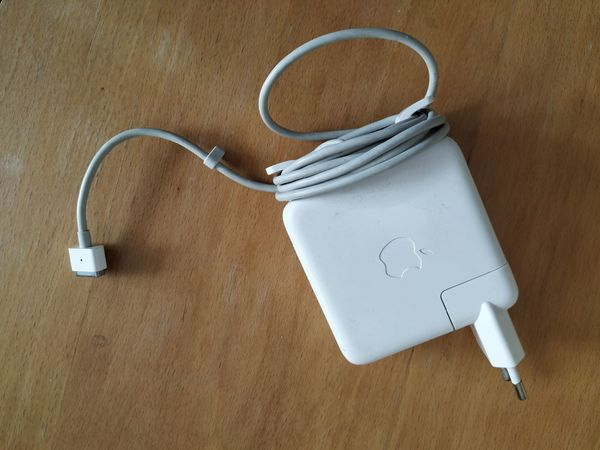 APPLE Apple 60W MagSafe Power