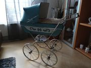 Puppen Kinderwagen aus dem Jahr