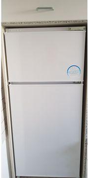 BEKO Einbau-Kühlschrank mit Gerfierteil in