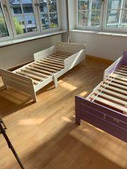 2 Kinderbettgestelle Mitwachsend