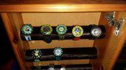 diverse Swatch Uhren mit Vitrine