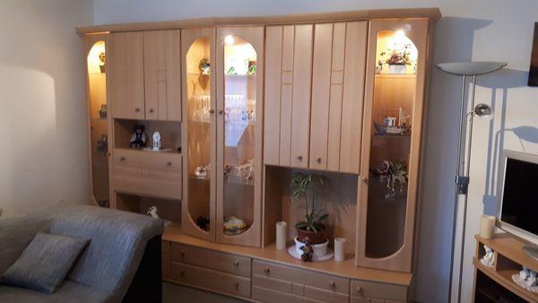 Verschiedene Möbel Wohn-Esszimmer Garderobe
