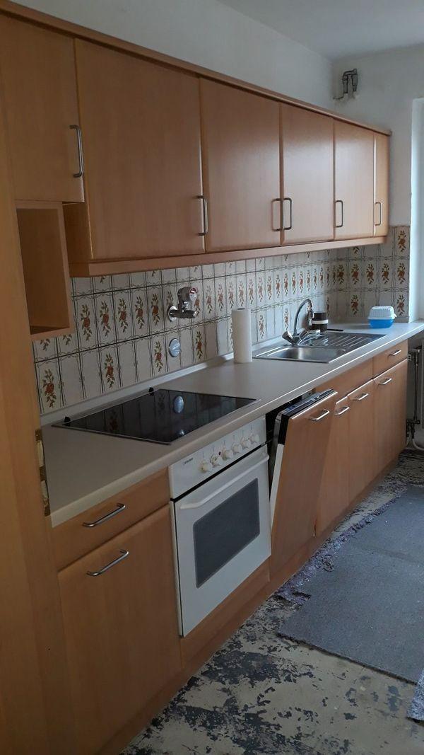 Küche mit Elektrogeräten Selbstabholer