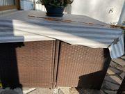 Verschenke einen Gartentisch mit Stühlen