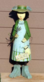 Große Blechfigur Frau Gartenfigur