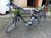 2 E-Bikes