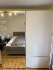 Ikea PAX Kleiderschrank mit Schwebetüren