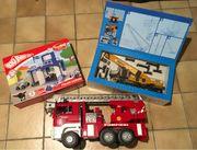 PlayBIG Polizeistation Kranwagen Feuerwehrauto
