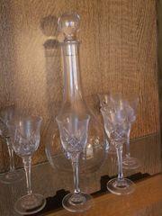 Glaskaraffe für Sherry mit sechs
