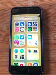 iPhone 7 black 128GB mit