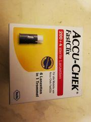 Neu OVP Accu-Chek FastClix 204
