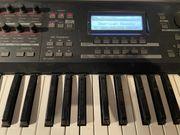 Biete Keyboard Yamaha MOX6