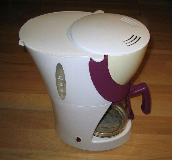 TCM Kaffeemaschine 265642 - weiß violett -