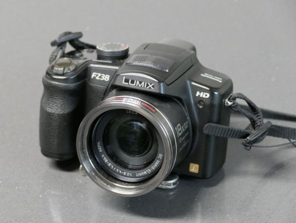 Digitalkamera Panasonic LUMIX DMC-FZ 38