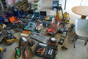 kompletter Handwerksbetrieb Fliesenleger Werkzeuge Material