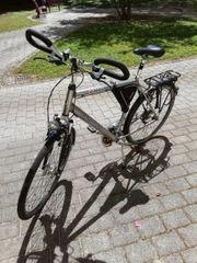Damen und Herrenrad
