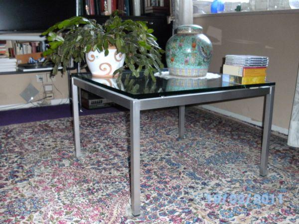 SOFATISCH MIT 2cm DICKER GLASPLATTE-