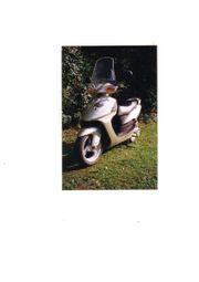 Motorroller DAELIM 125ccm 9KW silber