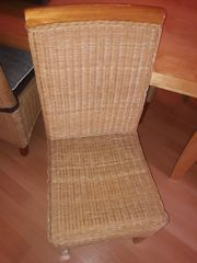 4 Rattanstühle Stühle