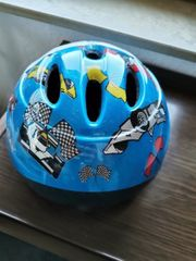 Neuer Kinder-Fahrradhelm