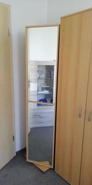 Drehregal mit Spiegel und Wäscheschrank