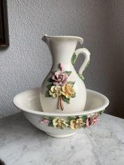 Waschtisch Garnitur - antik -