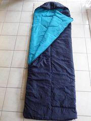 Schlafsack und Matratze