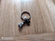 Schlüsselanhänger Paris Eiffelturm Perle Schleife