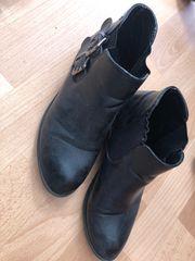 Gebrauchte getragene Schuhe