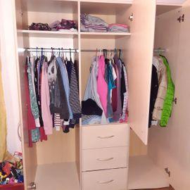 Bild 4 - Kleiderschrank für Kinder - Siebeldingen