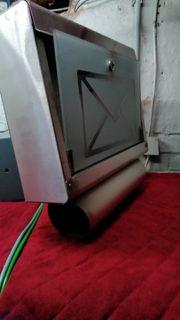 Briefkasten mit Zeitungsrolle - Gebraucht - 2 Schlüssel