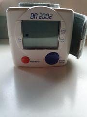 Blutdruckmessgerät zu Verk