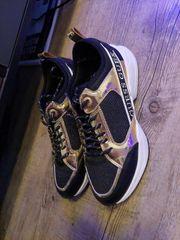 Guess Sneaker Gr 39