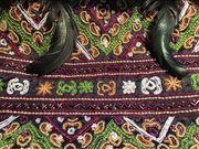Perlenbestickte Tasche original ELLA SINGH