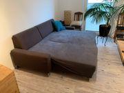 Schönes hochwertiges Schlaf-Sofa