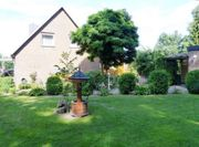 Schönes Zweifamilienhaus mit großem Garten