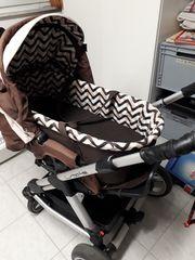 Kinderwagen mit herausnehmbarer Babywanne von