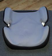 Universal-Sitzerhöhung Kat 3 15-36 kg