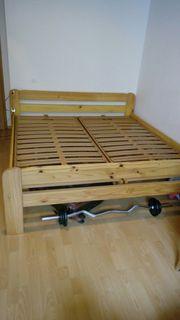 Bett Massivholz Doppelbett mit Lattenrost