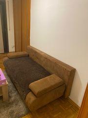 Couch ausziehbar zu verschenken