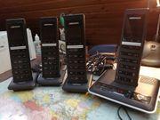 Schnurlos Telefon mit 4 Mobilteilen