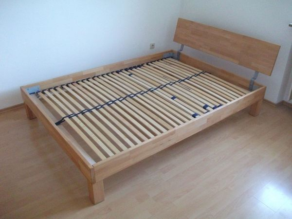 Französisches Doppelbett Aus Massivholz In Seefeld Betten Kaufen
