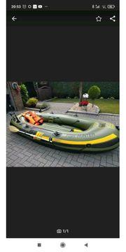 Schlauchboot mit E- Motor Fishhunter