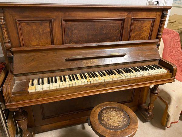 Klavier von Fa E Krauss