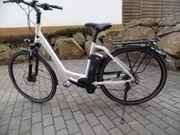 Zwei E-Bike tiefer Einstieg